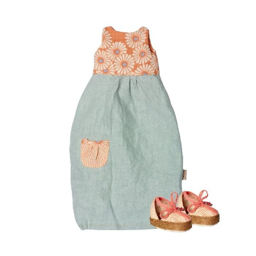 Balloon Dress w.shoes maxi